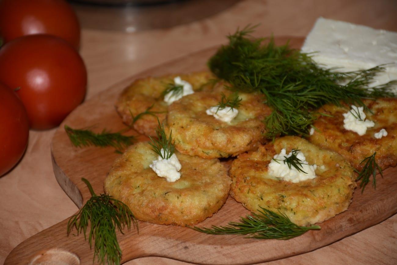 Chiftelute grecesti din cartofi