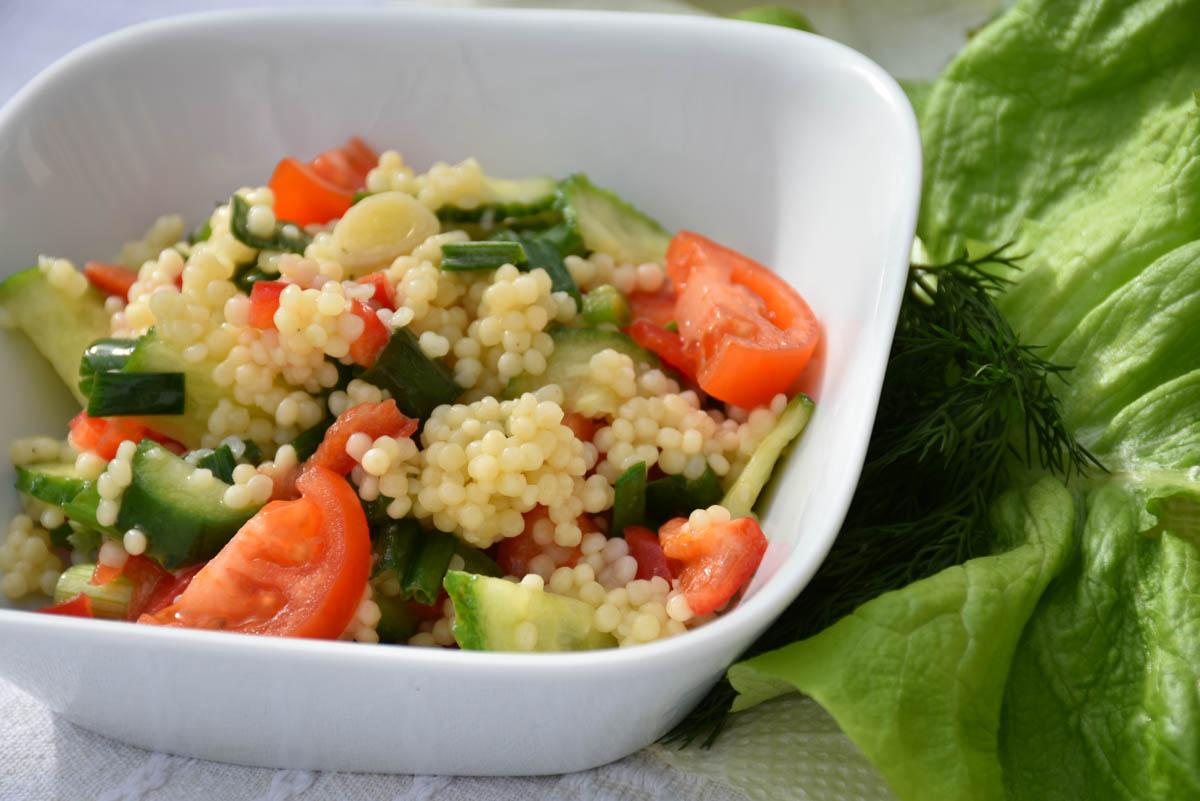 Salata de cus-cus cu legume