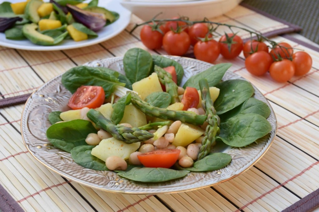 salata de legume cu spanac-reteta