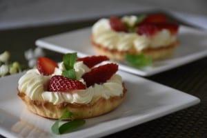 mini tarta cu capsuni-reteta