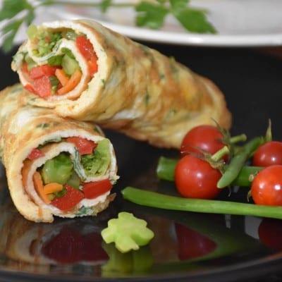 rulouri-din-omleta-cu-legume-reteta