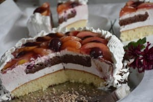 tort-cu-crema-de-iaurt-si-frisca-reteta