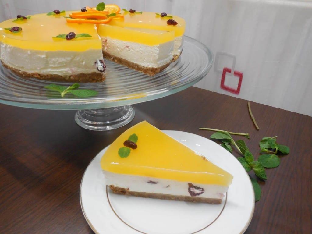ccheese cake cu crema de iaurt si jeleu de portocale