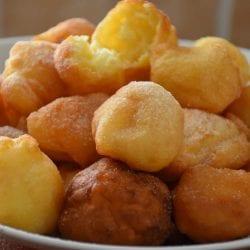 Gogosi pufoase cu iaurt si praf de copt (Gogosi Fara Lapte - Gogosi Fara Drojdie) Reteta