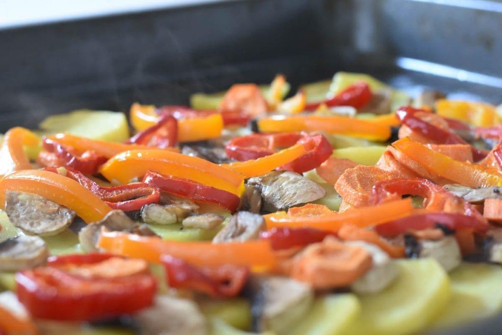 legume in cuptor-reteta