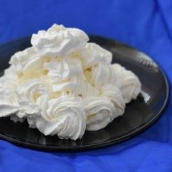 Crema cu mascarpone si frisca lichida