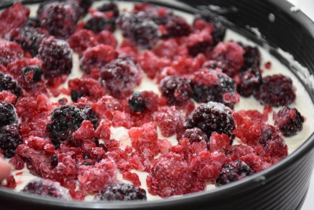 cheesecake cu fructe de padure - reteta
